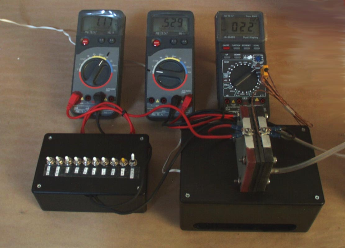A complete test station for PEM fuel cells: readings for volts, amps and temperature.